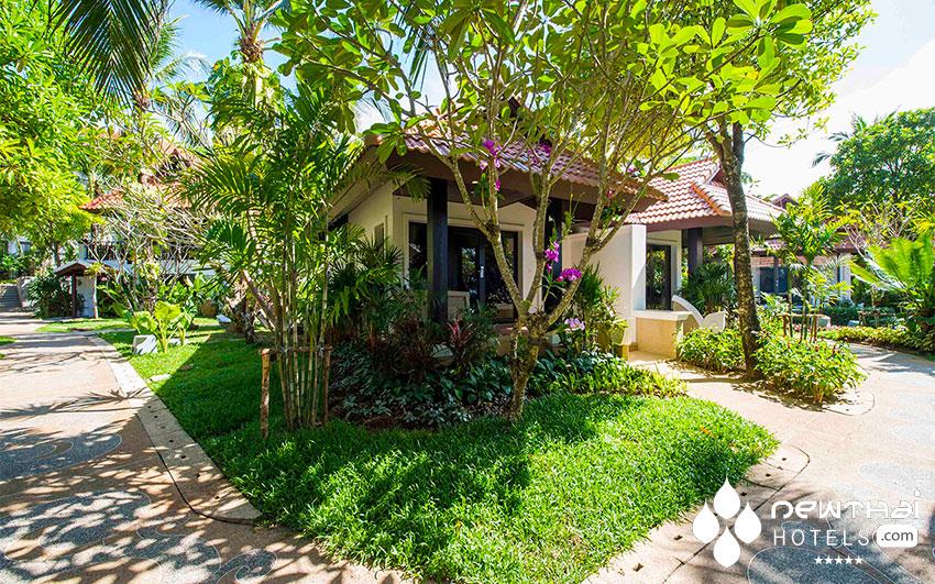 akyra Beach Club Phuket garden Villa