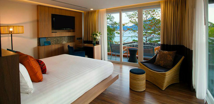 guestroom at Novotel Kamala Beach