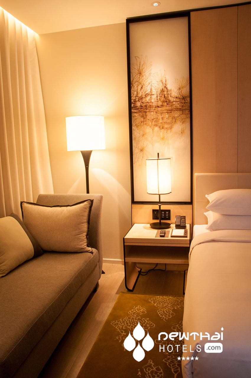 Bedside in a Park View room at the Park Hyatt Bangkok