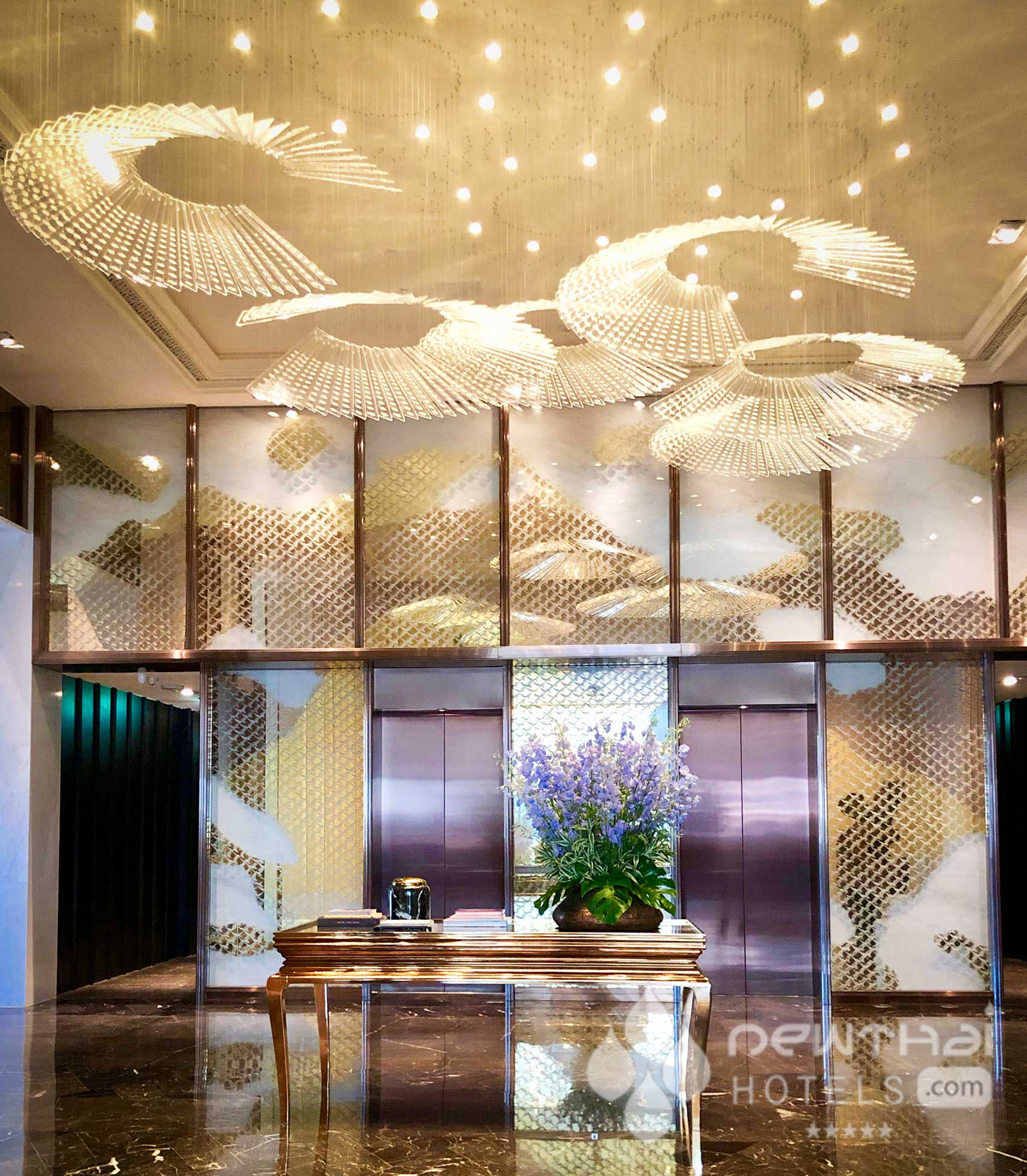 Lobby of the Rosewood Bangkok