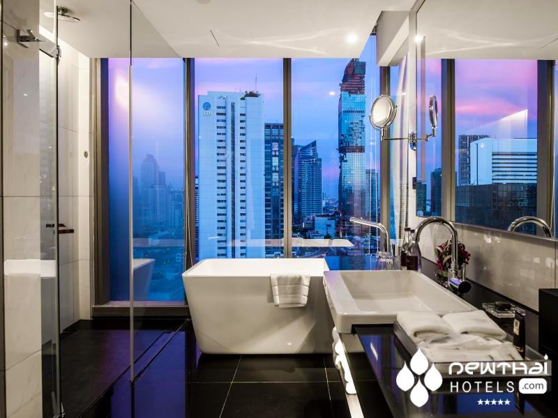 bathroom at Amara Hotel Bangkok