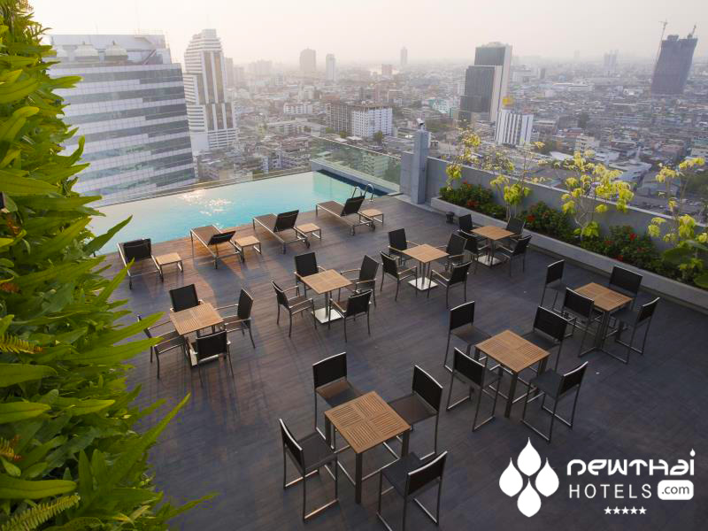 poolside at Amara Hotel Bangkok