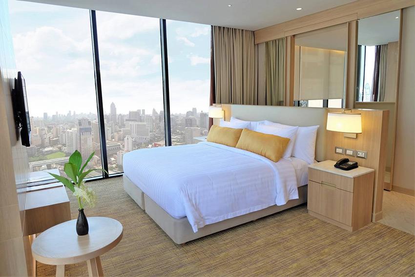 Compass Skyview Bangkok guestroom