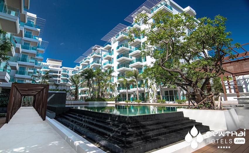 Fisherman's Harbour Urban Resort pool