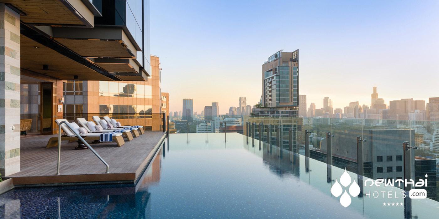 Hotel Indigo Bangkok pool