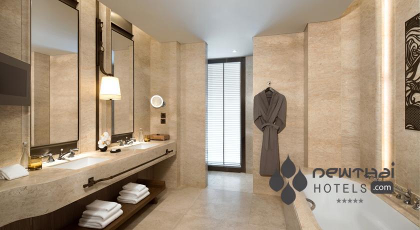 Bathroom in guest room at The Waldorf Astoria Bangkok